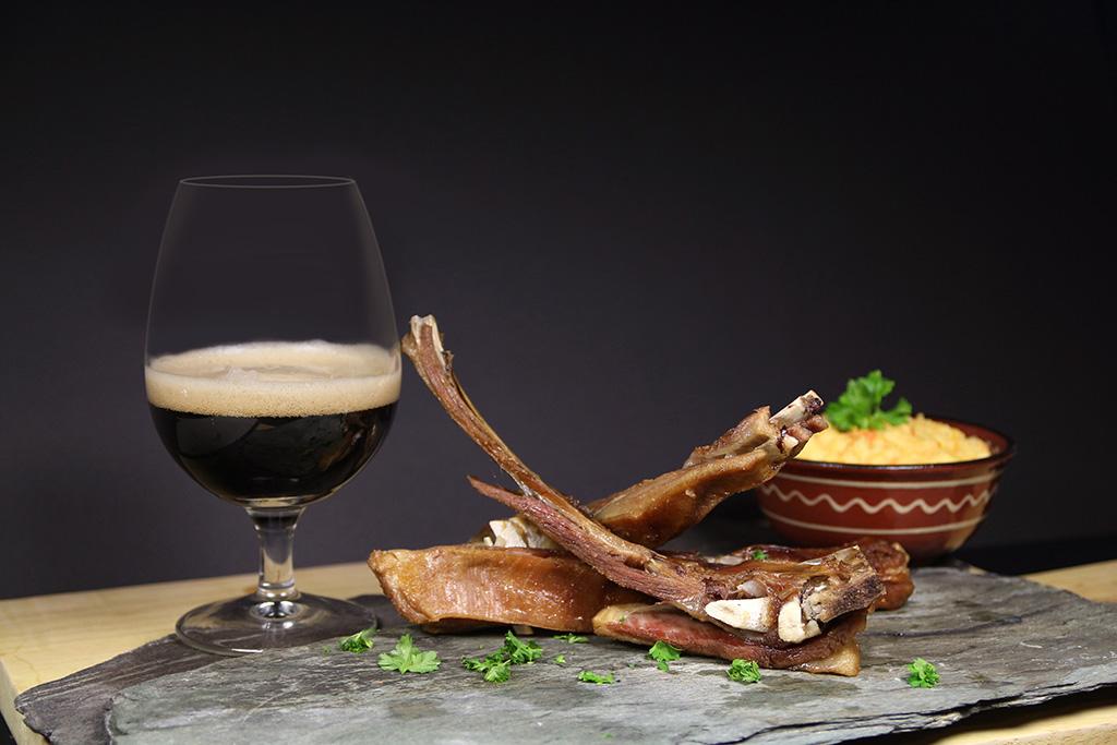 Bilde: Øl og pinnekjøtt er mattradisjon